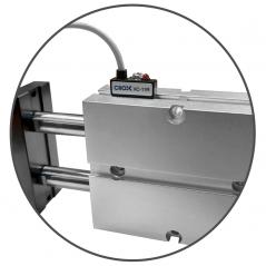 Senzor magnetic pentru cilindri pneumatici